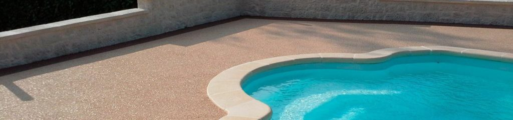 Beach-pool-in-Marble-aggregates
