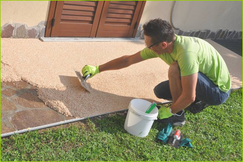 The phases of work - Installation of RESIMARMO on the-pavement of an Italian house